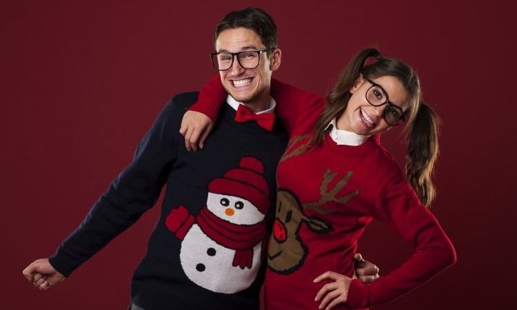 5 Tips for Hosting an Ugly Sweater Party This Holiday Season